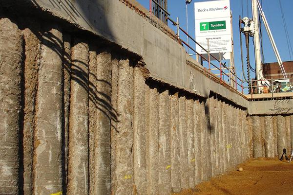 Muro de contención Tablestaca Estacionamiento de la construcción