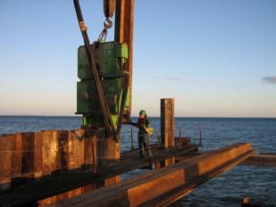 Tablestacas en la construcción marina